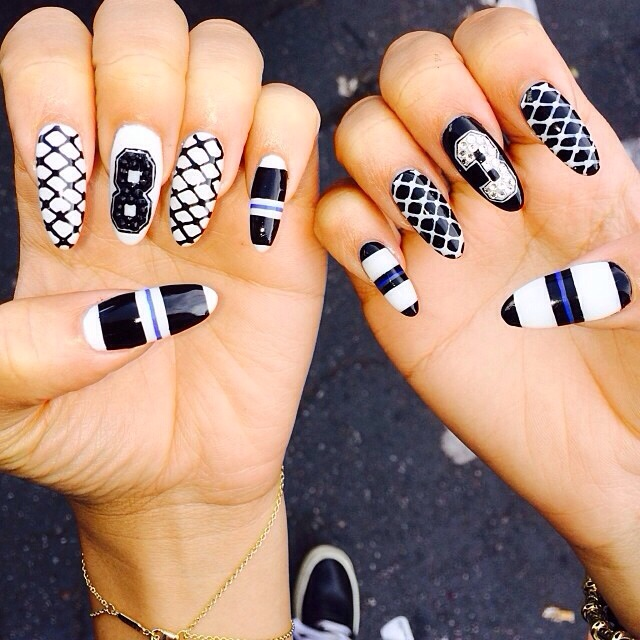20131209-214243 jpg Zendaya Nails 2014