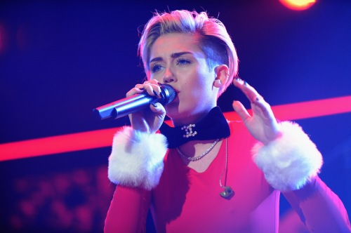 Miley Cyrus, Power 96.1's Jingle Ball 2013 - Show