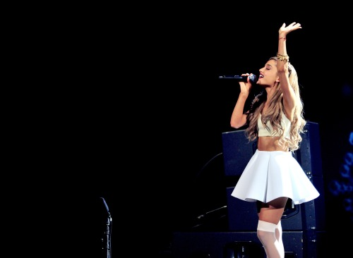 Ariana Grande, 106.1 KISS FM's Jingle Ball in Dallas, TX