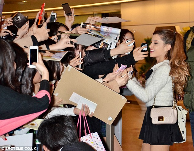 ariana grande meet and greet 2013 movies