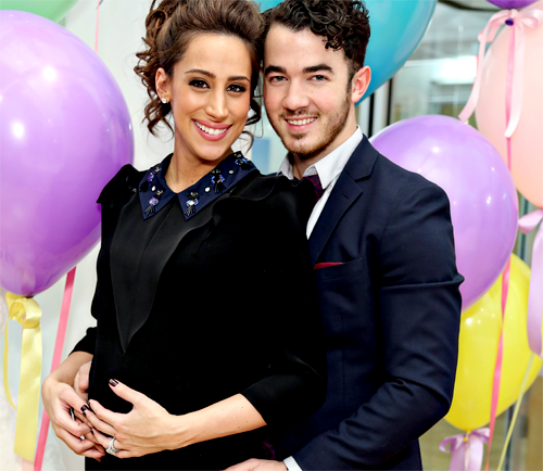 Danielle + Kevin Jonas, 'Fit Pregnancy' Baby Shower