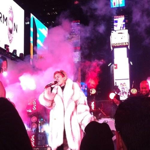 Miley NYE
