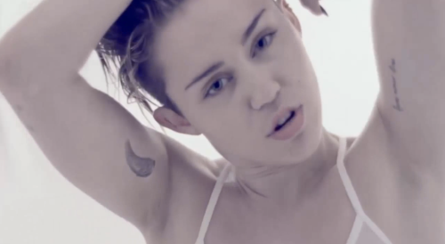 """Miley Cyrus, """"Adore You"""" Music Video"""
