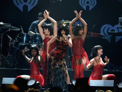 Selena Gomez, 102.7 KIIS FM's Jingle Ball 2013
