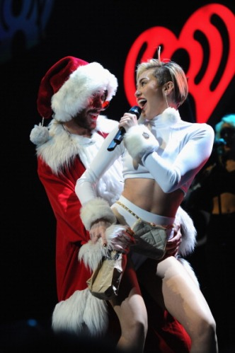 Miley Cyrus, Hot 99.5's Jingle Ball 2013 - Show