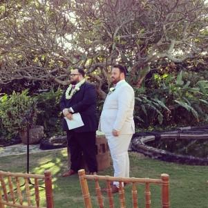 @nickjonas: Seeing one of my best friends get married. #lifeisawesome
