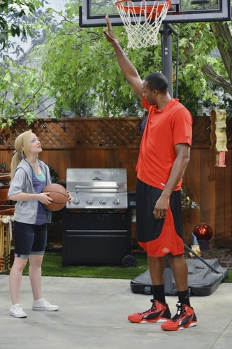 DOVE CAMERON, DWIGHT HOWARD