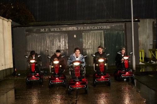 "One Direction Keeps The ""Midnight Memories"" Music Video ..."