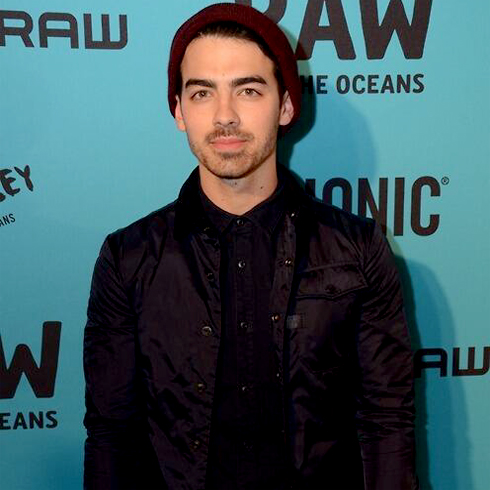 Joe Jonas, RAW for the Oceans - Arrival