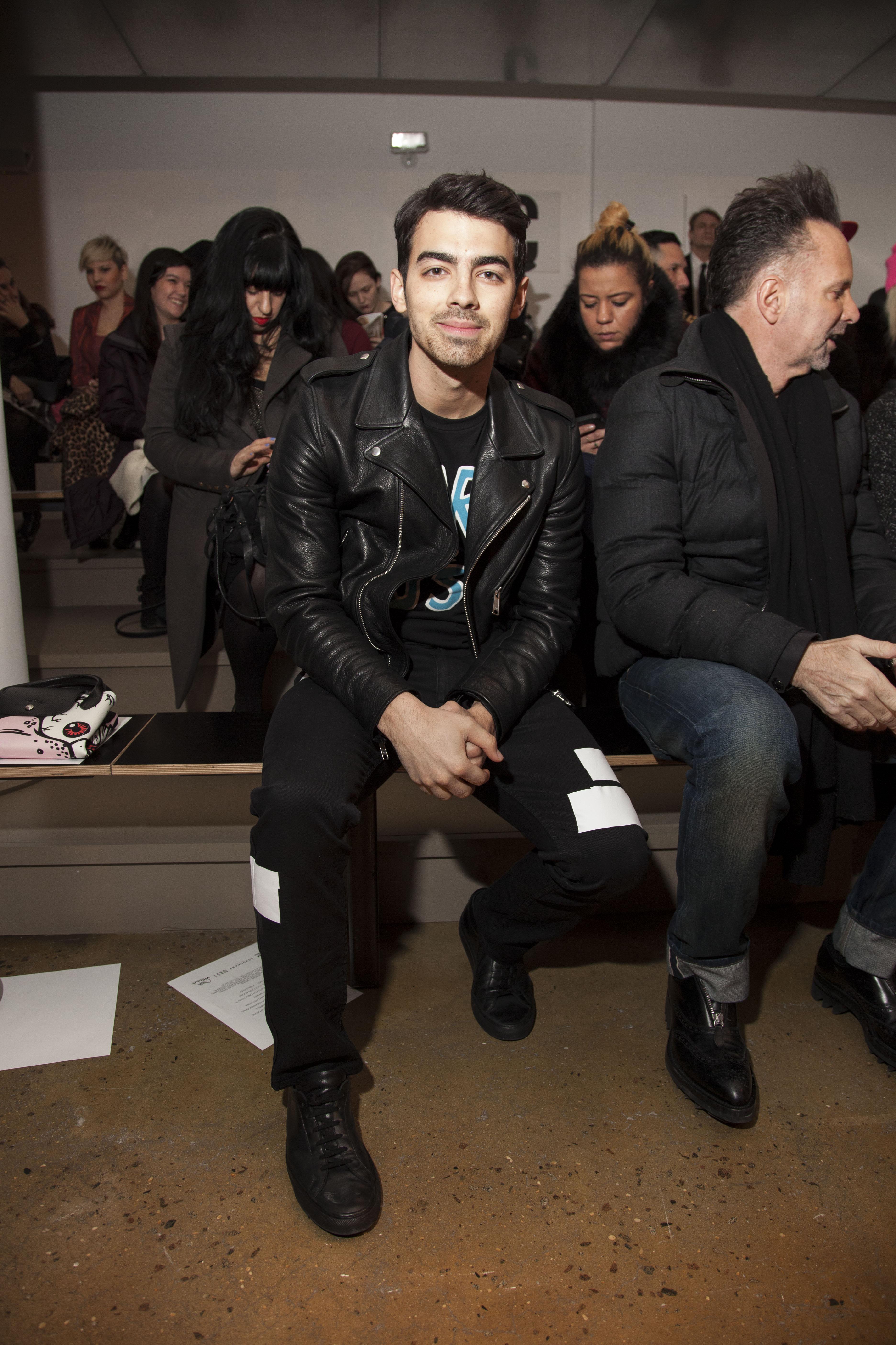Joe Jonas Says Mars Or Bust Hangs With Jared Leto