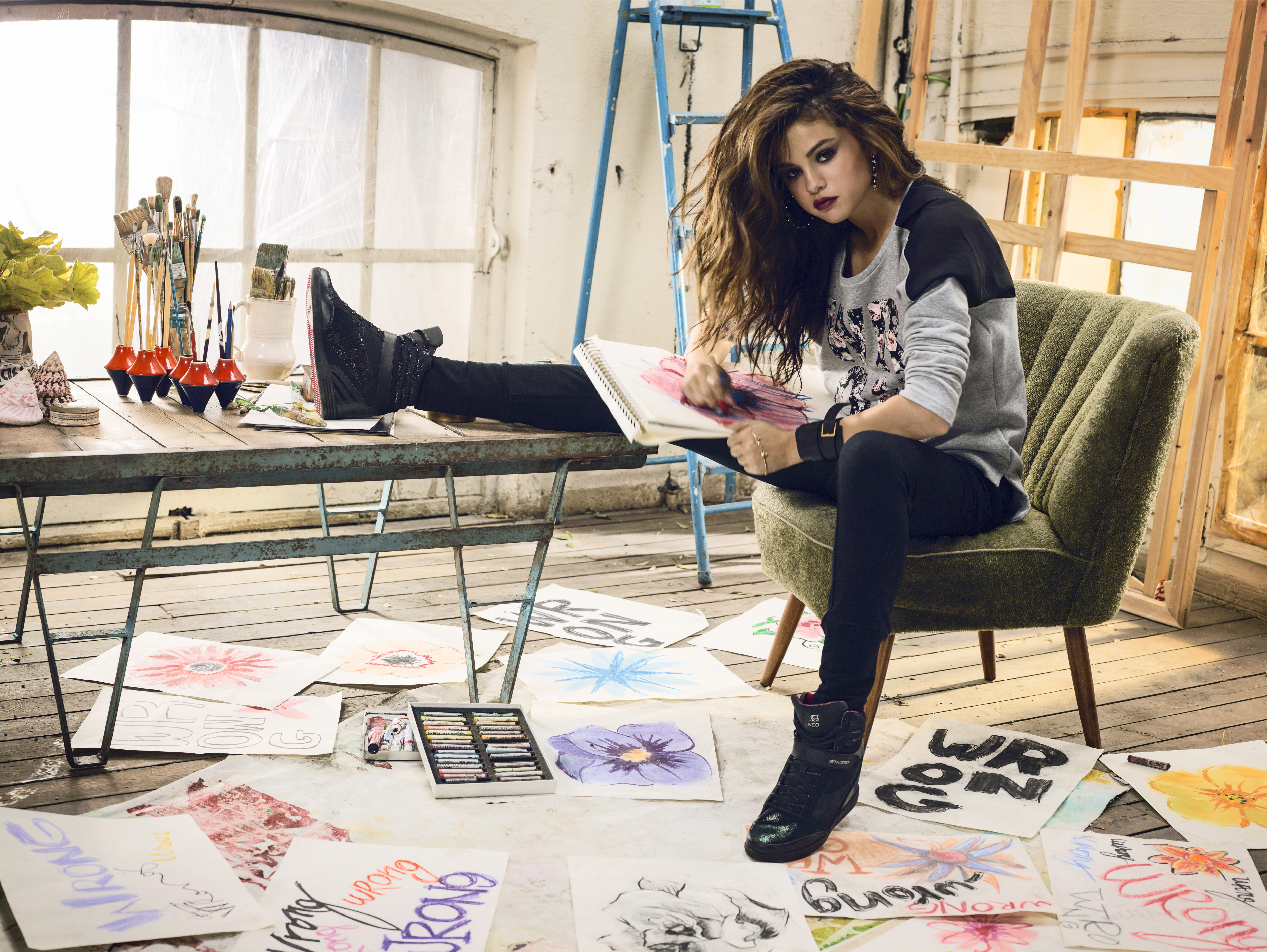 Adidas Neo Noir Selena Gomez
