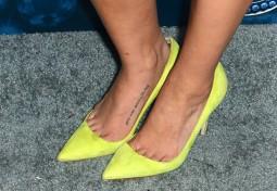 Jenna Ushkowitz (shoe detail)