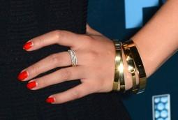 Jenna Ushkowitz (jewelry detail)