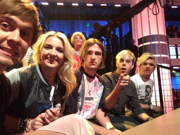 Cat American Idol r5 Takes 'american Idol' by