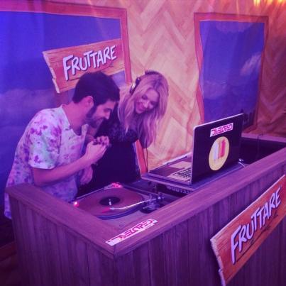 @fruttare: .@ashbenzo just hit the DJ booth in the Fruttare Hangout at #Coachella! #itsallgood #amaze #pll