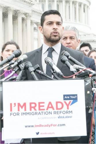 america-ferrera-wilmer-valderrama-immigration-reform-voto-latino__oPt