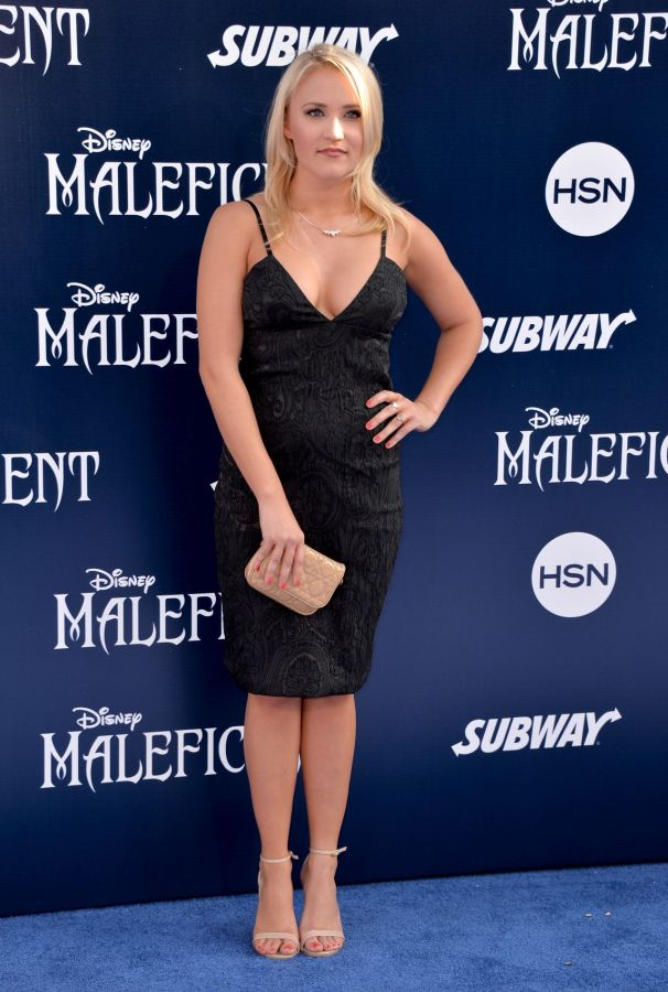 emily-osment-maleficent-world-premiere-in-los-angeles_6
