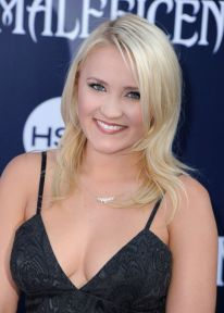 emily-osment-maleficent-world-premiere-in-los-angeles_7