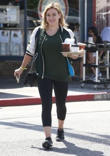 Hilary+Duff+Busy+Saturday+Morning+Ys0dXNJ07s8l
