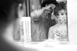 lea-michele-getting-ready-02_134135349355