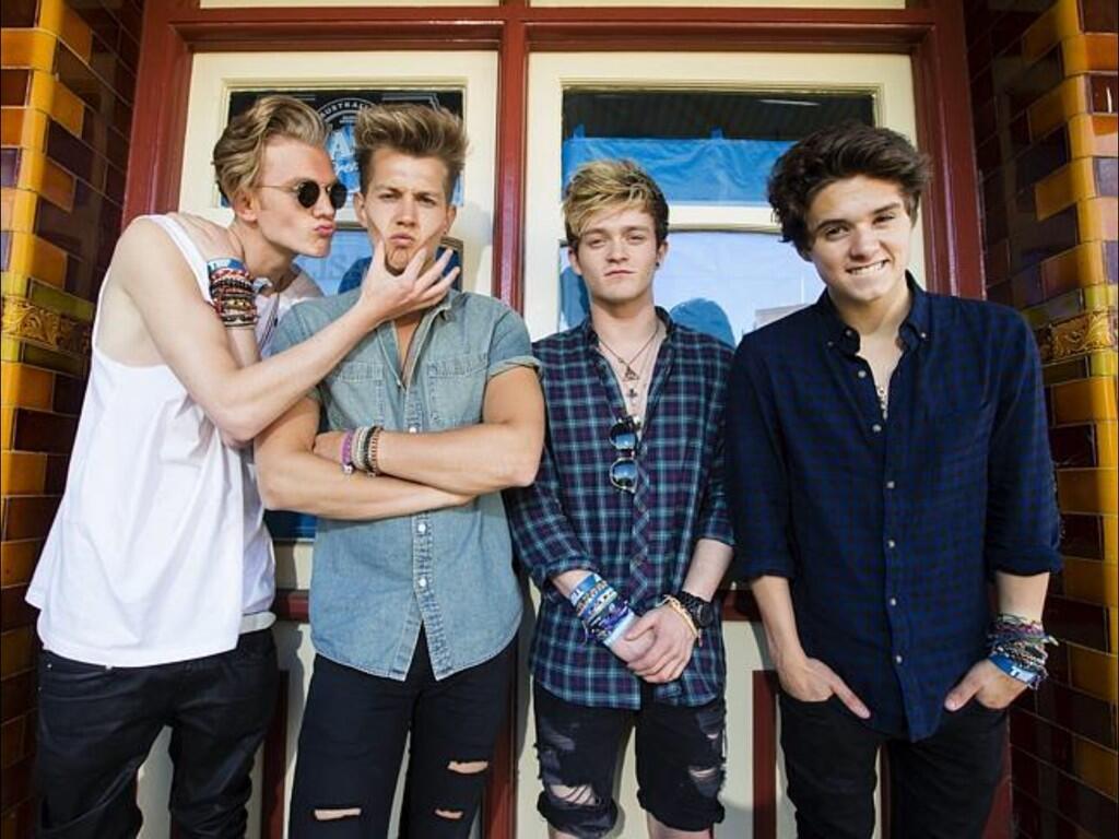 The Vamps Band Will Be Having A Qa Tonight Teeninfonet