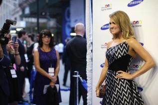 Carrie+Underwood+Arrivals+Samsung+Hope+Children+4x5A3HuNdRTl