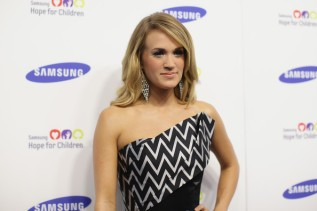 Carrie+Underwood+Arrivals+Samsung+Hope+Children+5lF9C_WmH3tl