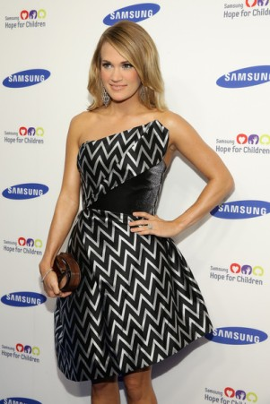 Carrie+Underwood+Arrivals+Samsung+Hope+Children+_nf8Yh-OEA6l