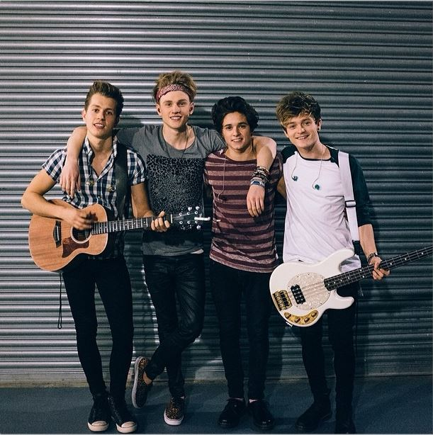The vamps perform in spain meet fans more check out the video the vamps recently went on tour all over the world the boy band performed some shows for r5 and even opened up for them during their tour the vamps m4hsunfo