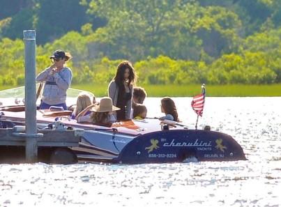 Kardashian+go+boat+ride+Southampton+9HNcCYMDViAl