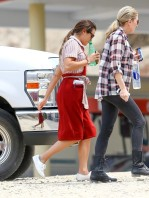 Lea+Michele+on+set+7yf40wMGwkLl