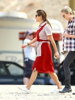 Lea+Michele+on+set+G8P5gJIYCdLl