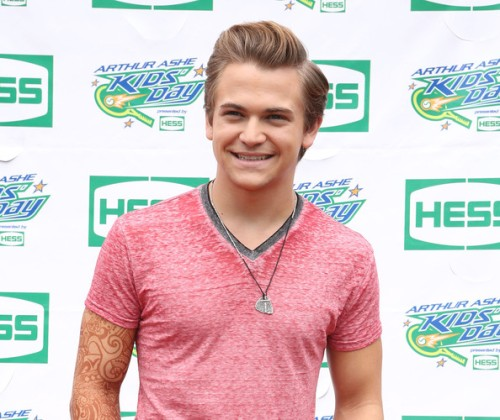 AAKD Hunter Hayes