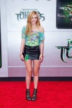 Bella Thorne attends the Los Angeles premiere of 'Teenage Mutant Ninja Turtles'