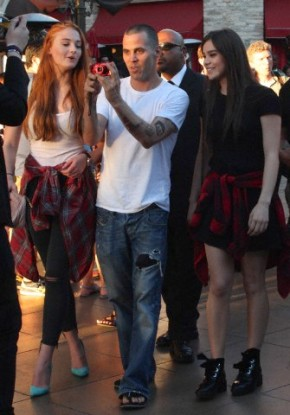 Sophie Turner and Hailee Steinfeld are followed by Steve O asking them for a photo