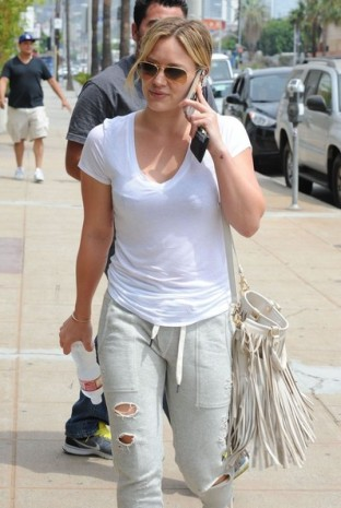 Hilary+Duff+Out+West+Hollywood+5Trgwayzw8xl