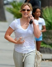Hilary+Duff+Out+West+Hollywood+7Mpj4AHcbwol