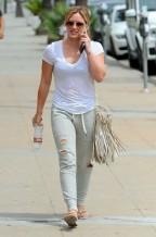 Hilary+Duff+Out+West+Hollywood+Ohi3j6UBQ2Ql
