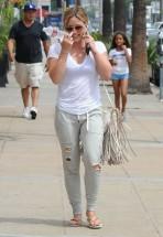 Hilary+Duff+Out+West+Hollywood+WMVBZR0djhpl