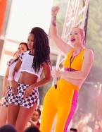 Iggy+Azalea+Performs+NBC+Today+FgOsISXeorkl