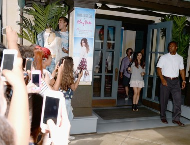 Lucy+Hale+Lucy+Hale+Launches+Collection+Hollister+Jt_FNKQeiSrl