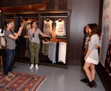 Lucy+Hale+Lucy+Hale+Launches+Collection+Hollister+qe0ZdK3q5c8l