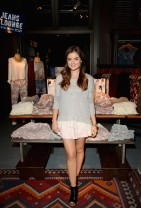 Lucy+Hale+Lucy+Hale+Launches+Collection+Hollister+s_a9DzVGHL4l