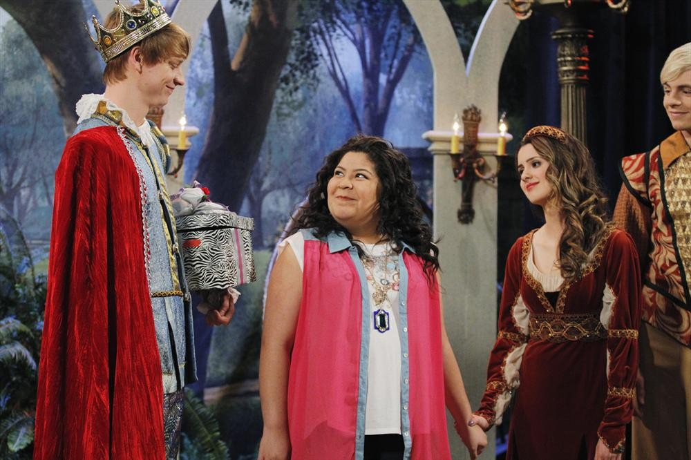 Raini Rodriguez And Calum Worthy Tumblr Calum Worthy Raini Rodriguez