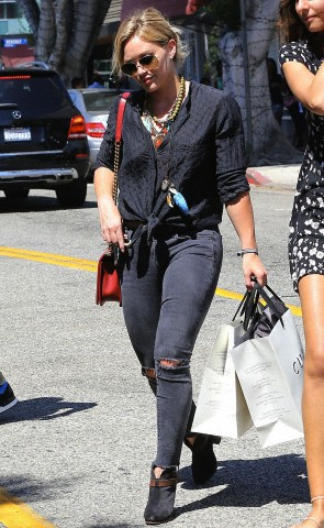 Hilary Duff shopping in Beverly Hills***NO DAILY MAIL SALES****