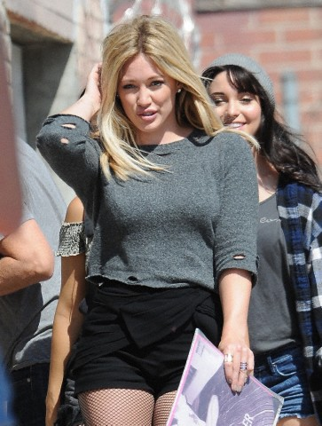 Hilary Duff filming her new video
