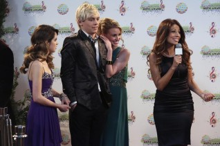 LAURA MARANO, ROSS LYNCH, TYNE STECKLEIN, CLAUDIA DIFOLCO