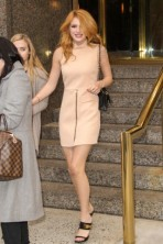 Bella Thorne is seen exiting her hotel on her way to the Today Show- NYC