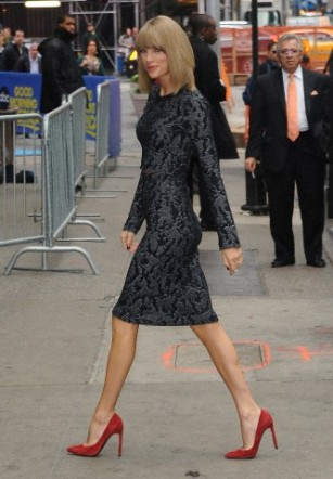 Taylor Swift arriving at 'Good Morning America' today in NYC