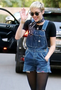 Miley 09